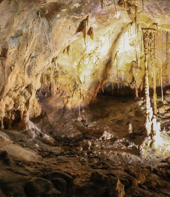 Grottes de Thouzon @ Hocquel
