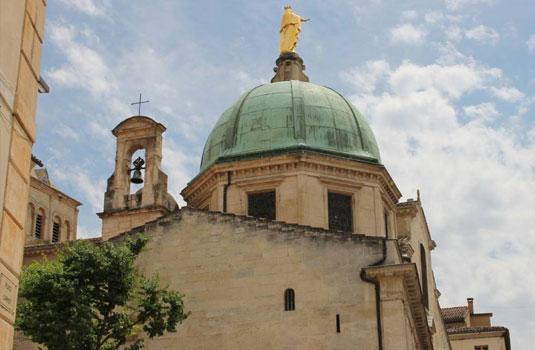 Sankt-Anna-Kathedrale von Apt