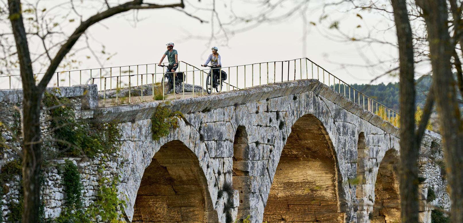 Die Dörfer des Luberon mit dem Fahrrad